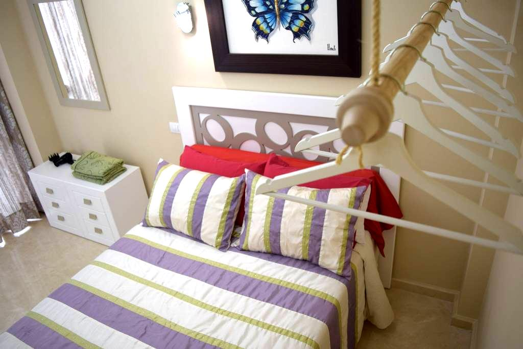 Double room with private bathroom (LVR3P) - Las Palmas de Gran Canaria - Bed & Breakfast