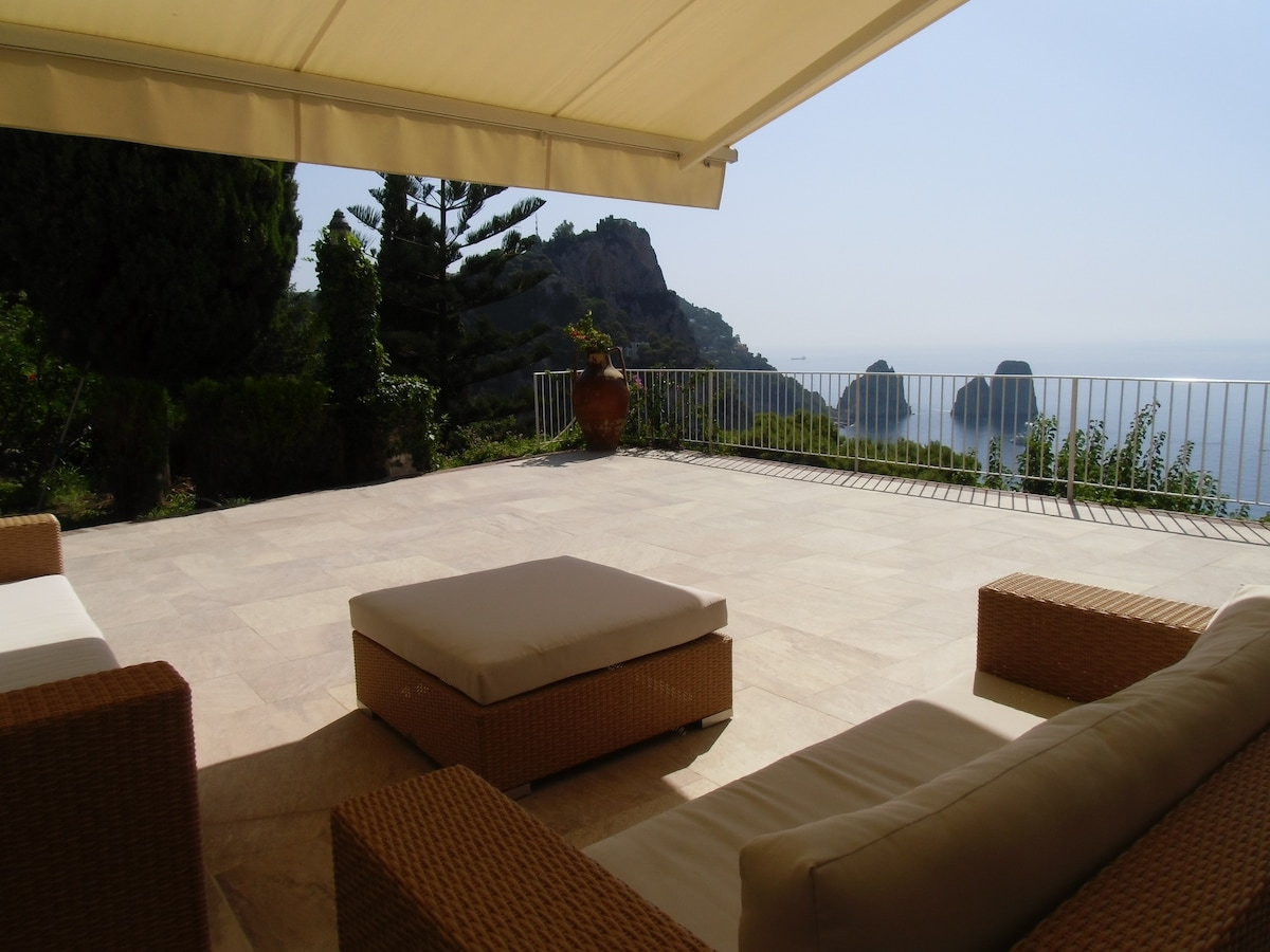 terrace on Faraglioni rocks