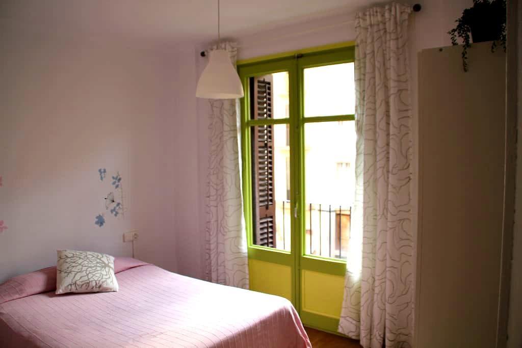 Doble Room - Habitación Doble - Manresa - Bed & Breakfast