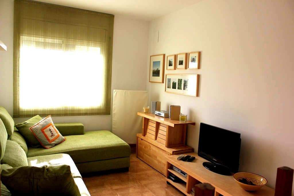 lovely little apartment for four - Deltebre