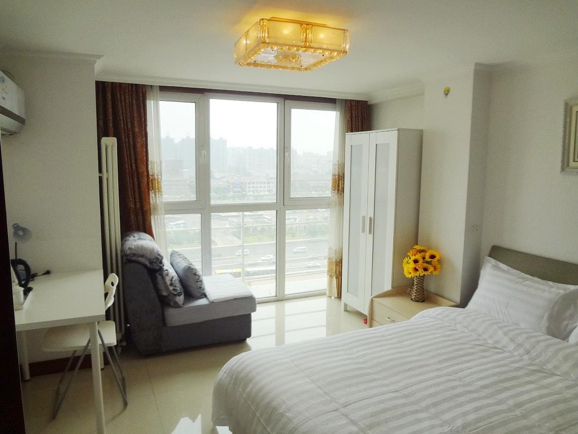 北京短租公寓Y1 【四惠地铁豪装公寓】免费WIFI拎包入住