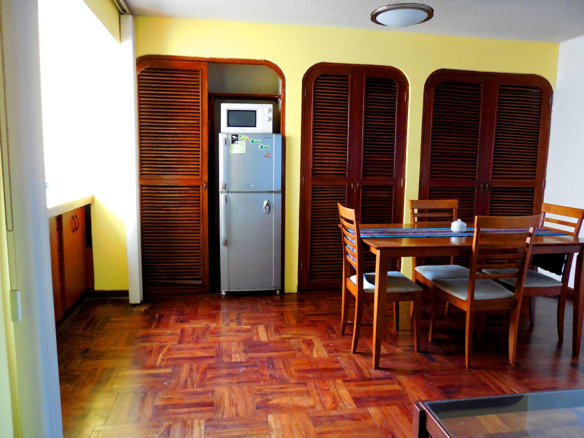 Apt. in the heart of Miraflores