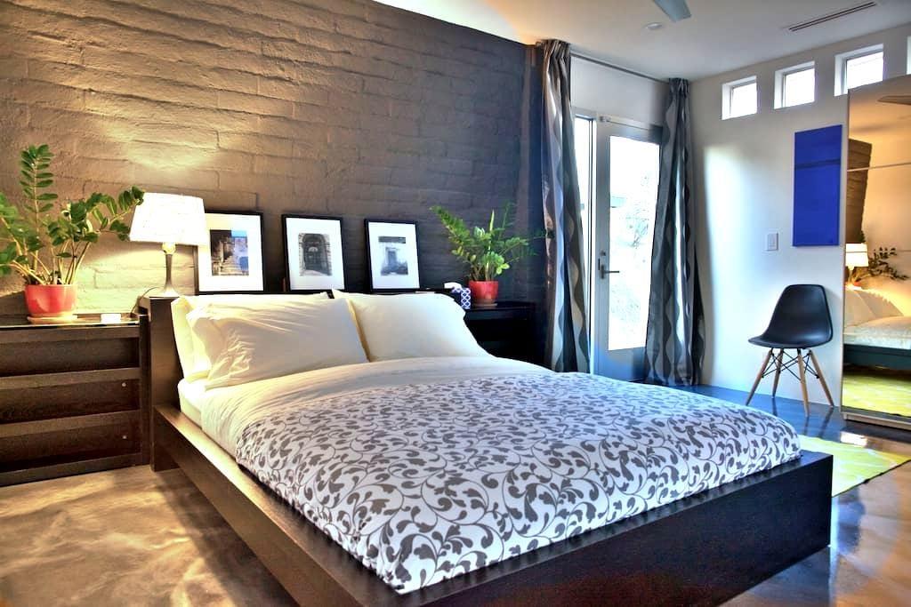 Suite de luxe dans un cadre idyllique - Phoenix - Bed & Breakfast