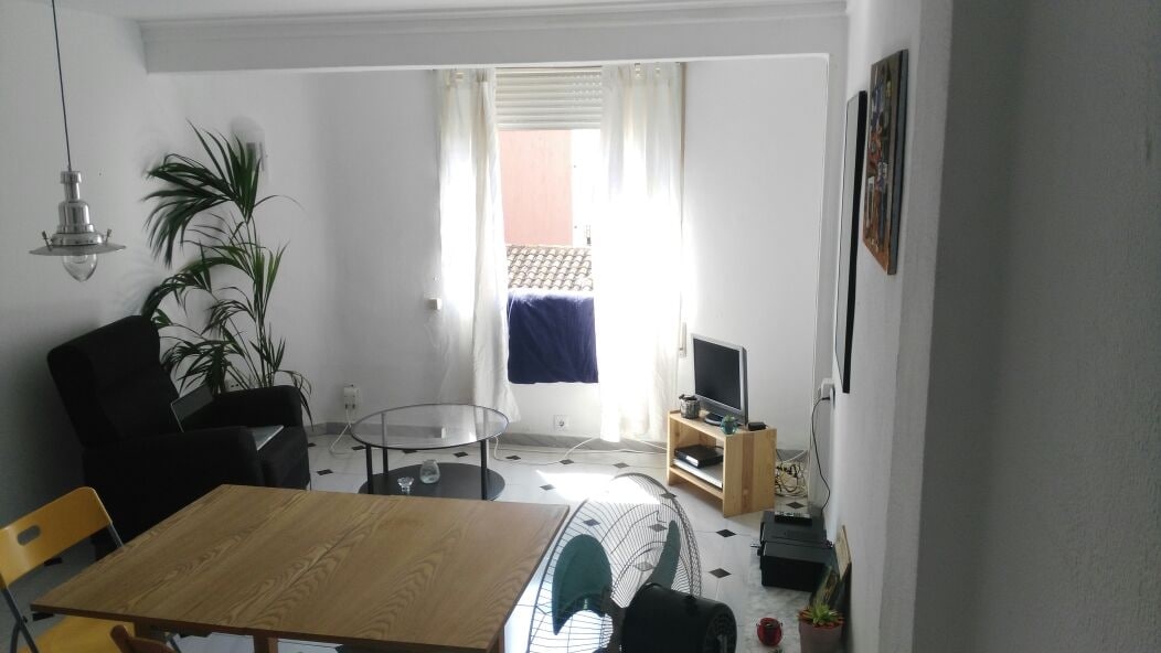Cheap Room for Rent
