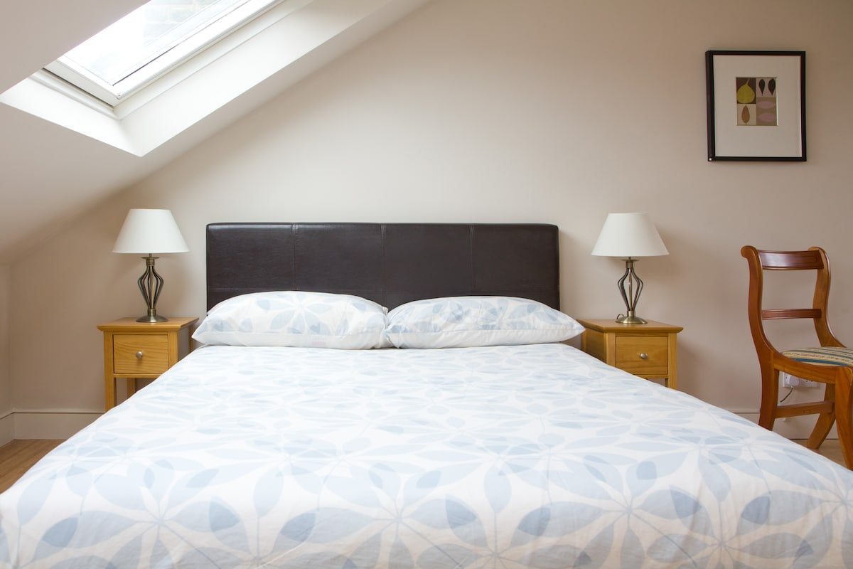 Goose down and feather duvet for a superior nights rest