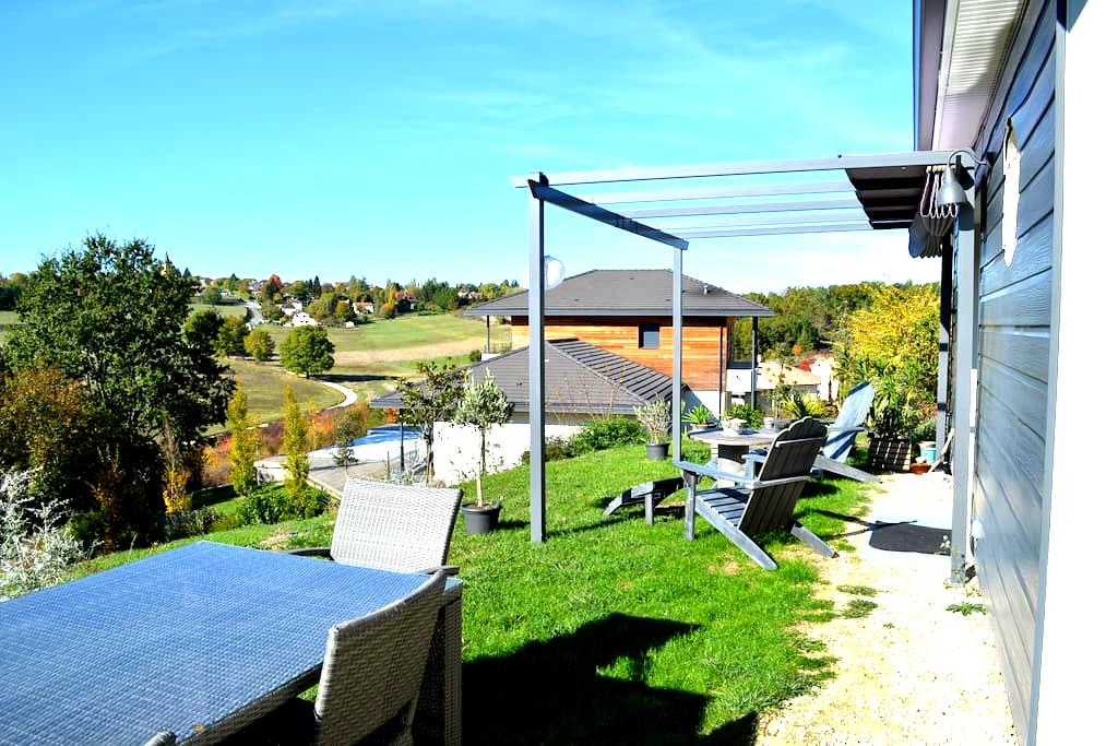 Dordogne, logement au calme, à 2 mn de Périgueux - Champcevinel - Hus