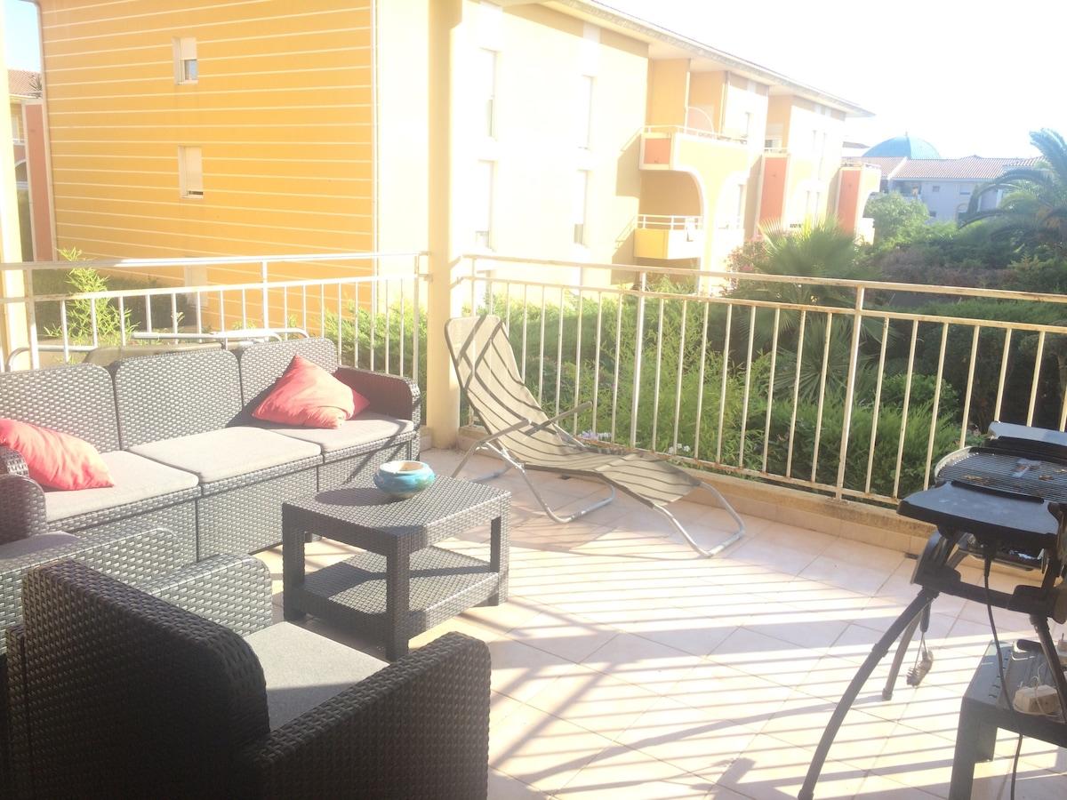 T2 avec terrasse ensoleillée
