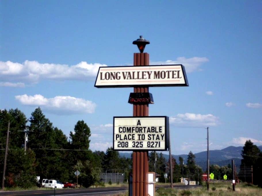 Long Valley Motel - Donnelly - Kastil