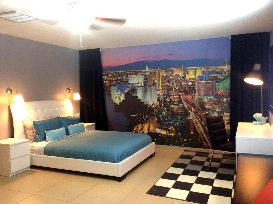 Modern spacious 1 bedroom 1 bathroom Bungalow - Las Vegas - Bungalow