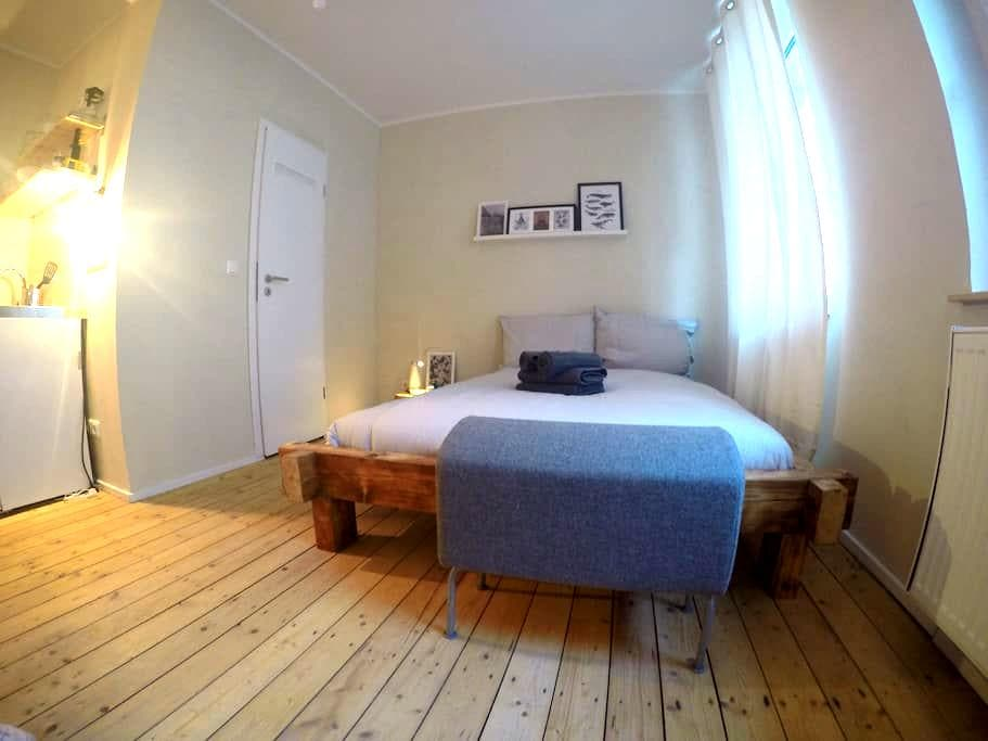comfy apartment near trade fair - Köln - Condominium