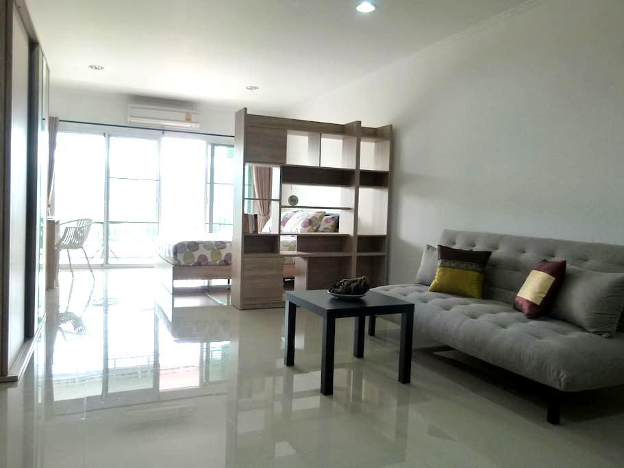 Great View , Big Studio in the City Center - Tambon Hua Hin - Wohnung