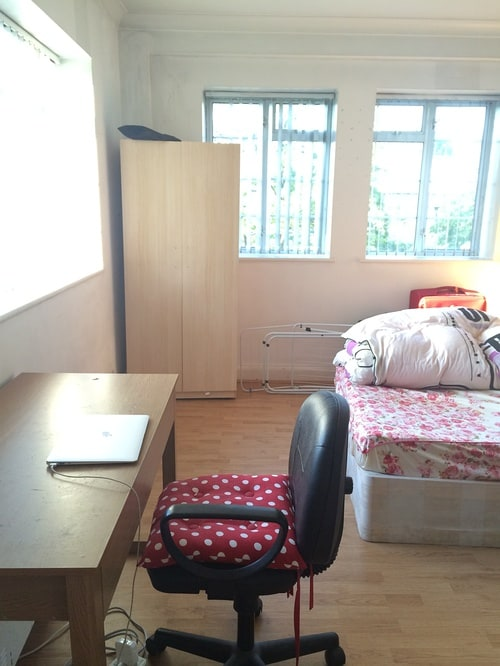 Large Bedroom (West Kensington)