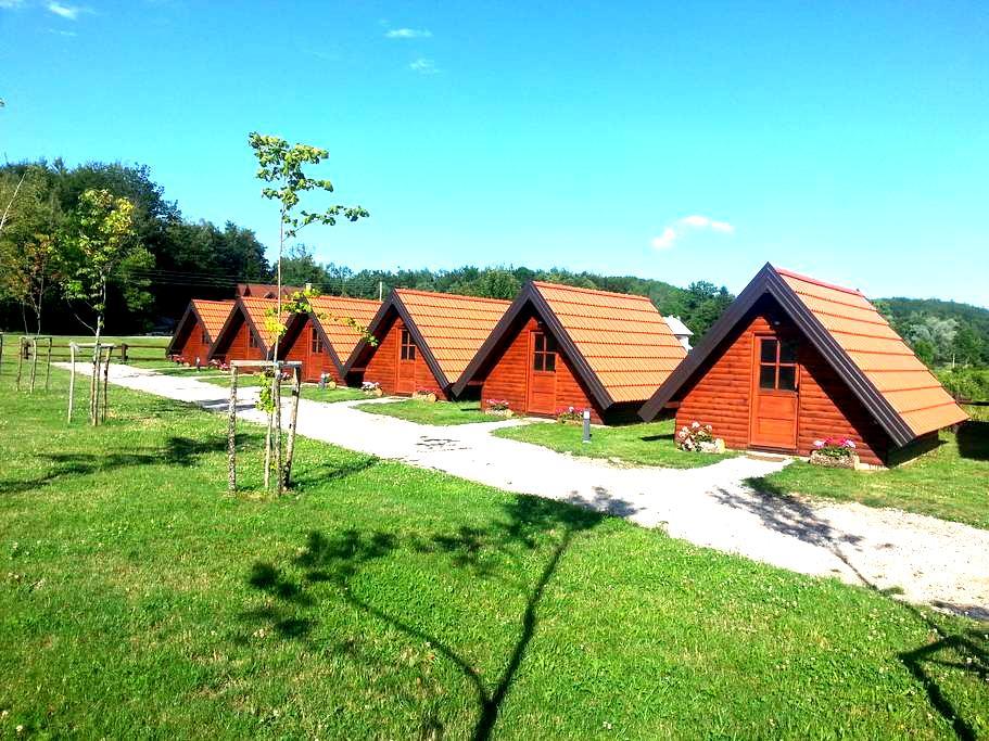 Bungalow Five Eco Camp Rizvan City - Rizvanuša