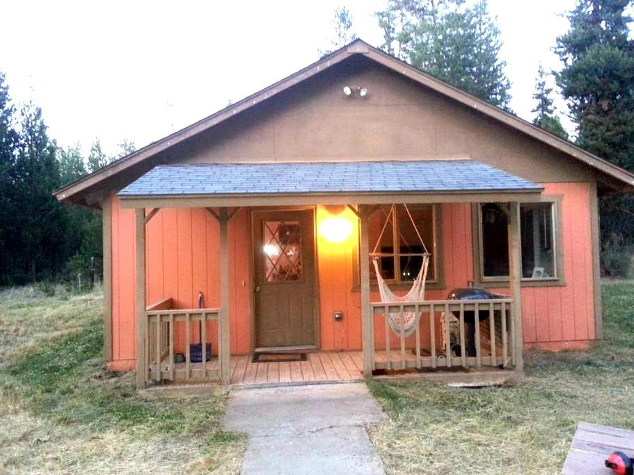 Lava Bear Lodge-S. of Sunriver-Feb T,W $20 off/nt. - La Pine