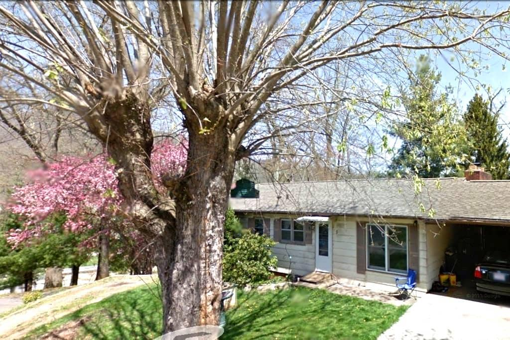 Large 3 room house in the mountains - Waynesville - House