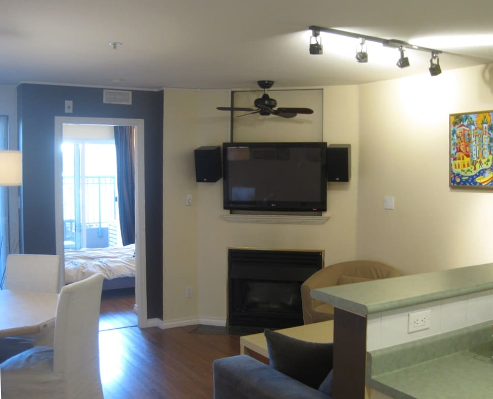1 Bedroom with wraparound patio