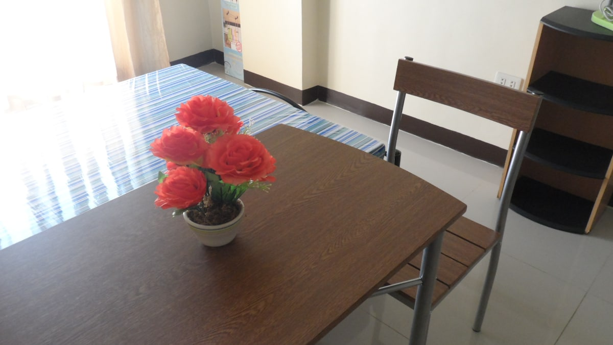 studio condo unit for rent