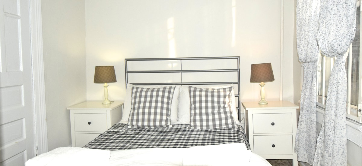bedroom 1- is small room with double bed & own ensuite