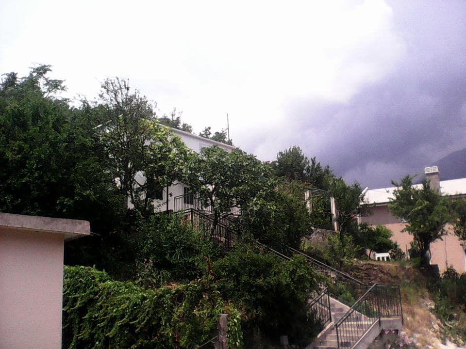 family house 4km from herceg novi