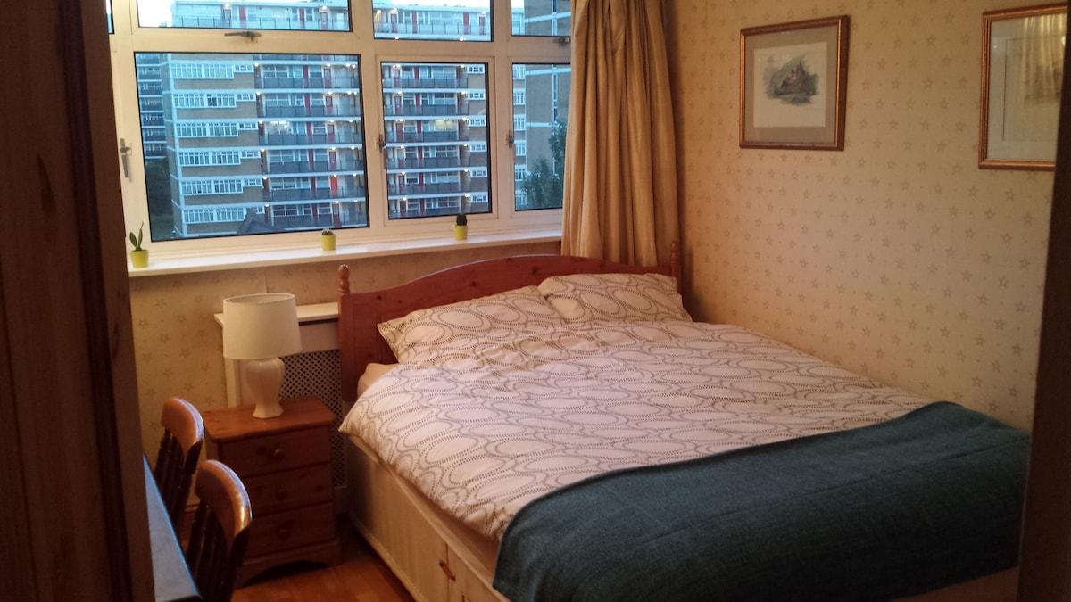 Nice room in the heart of London