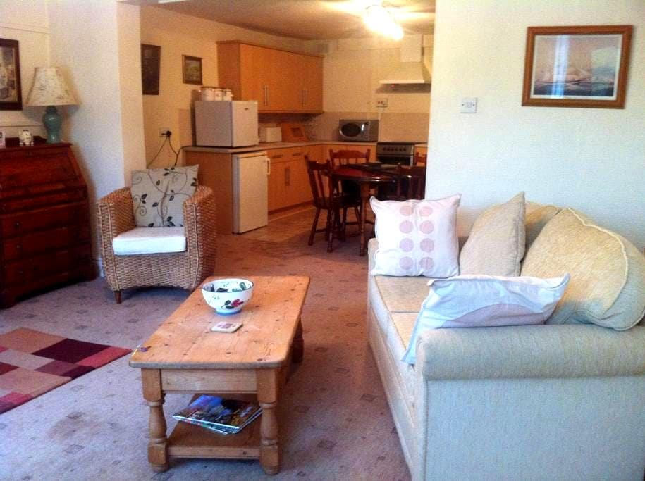 Chew Cottage Greenfield Saddleworth - Greenfield