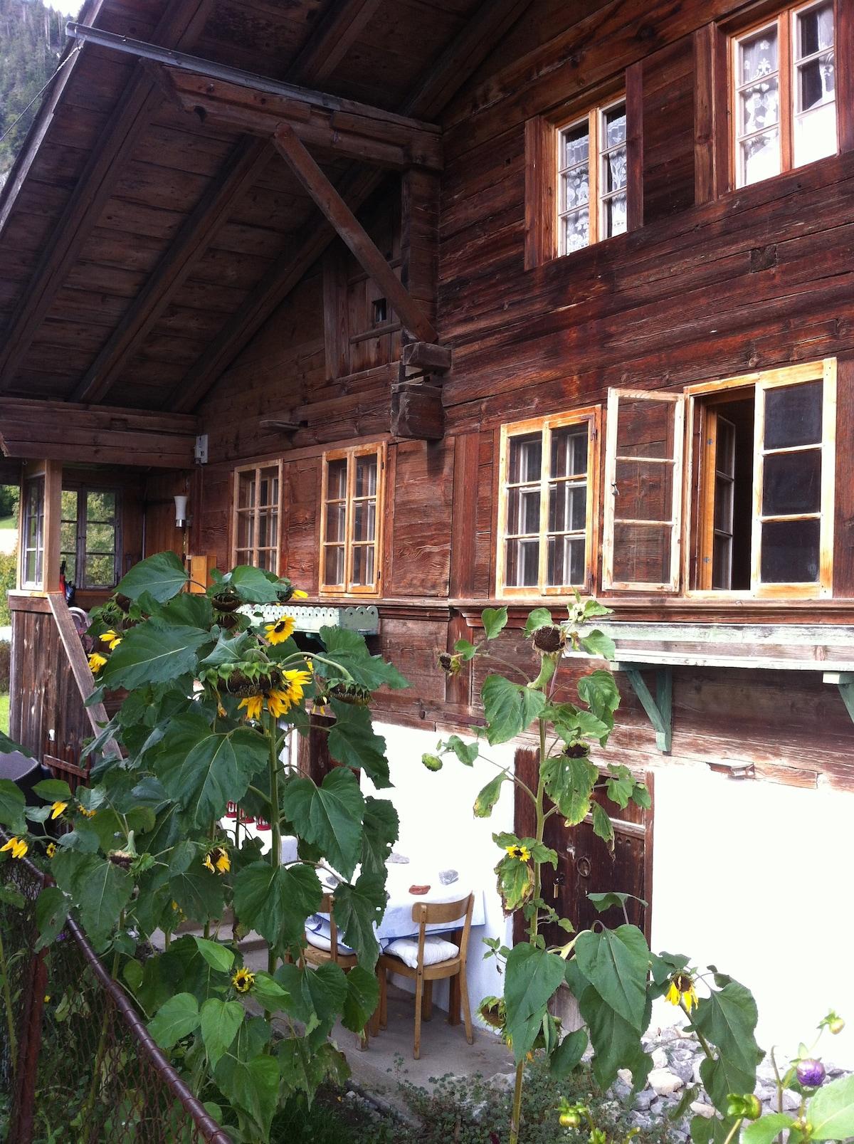 400 Year Chalet, Interlaken/Gstaad
