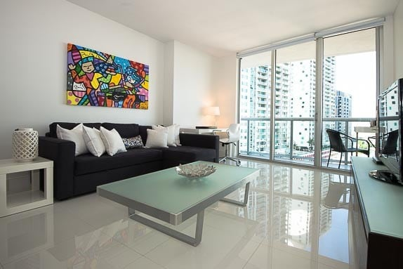 Luxury Condo in ICON Viceroy