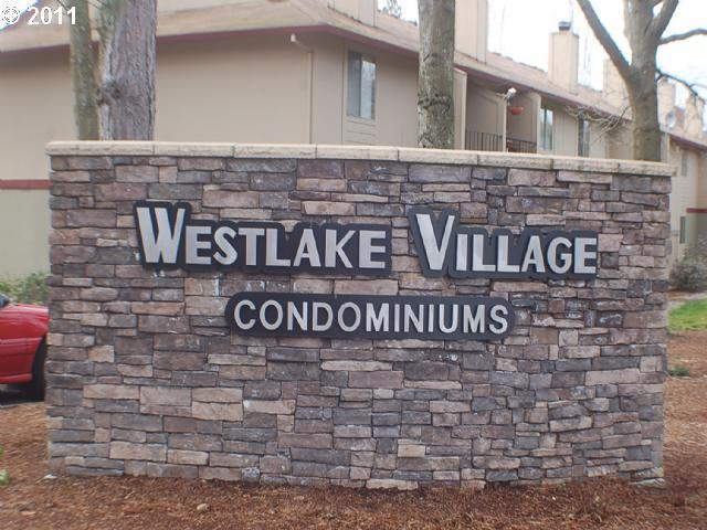 Comfort and Privacy at West Lake