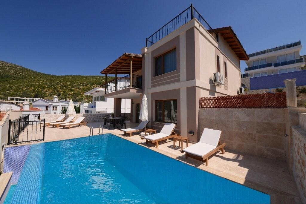 TK410-Kalkan 4 bedroomed Villa