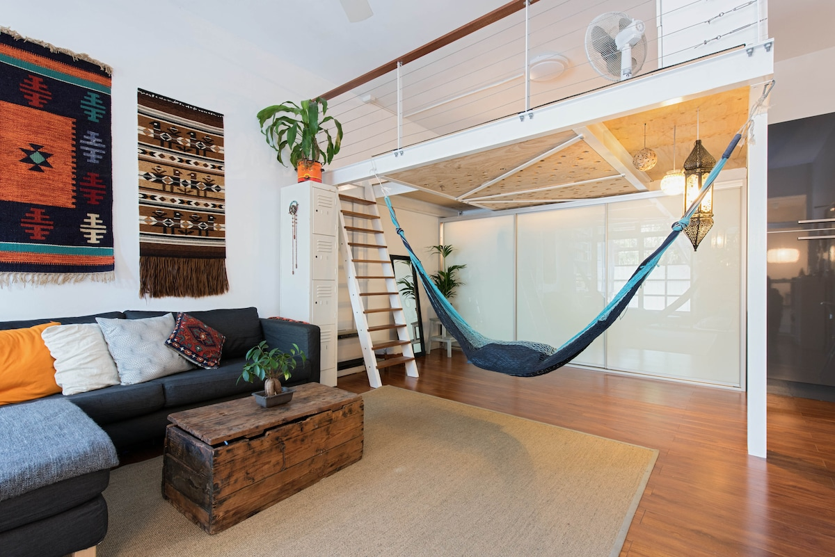 Trendy Loft Apartment