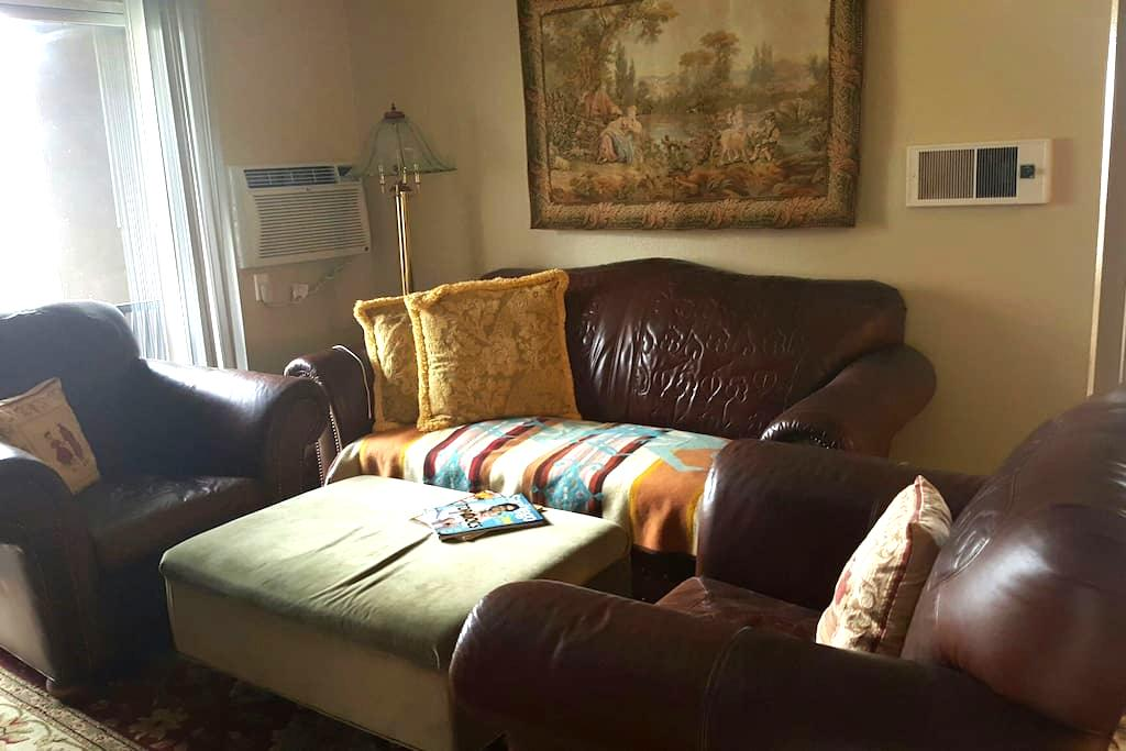 Comfy Cozy In North County/San Marcos - San Marcos - Appartement