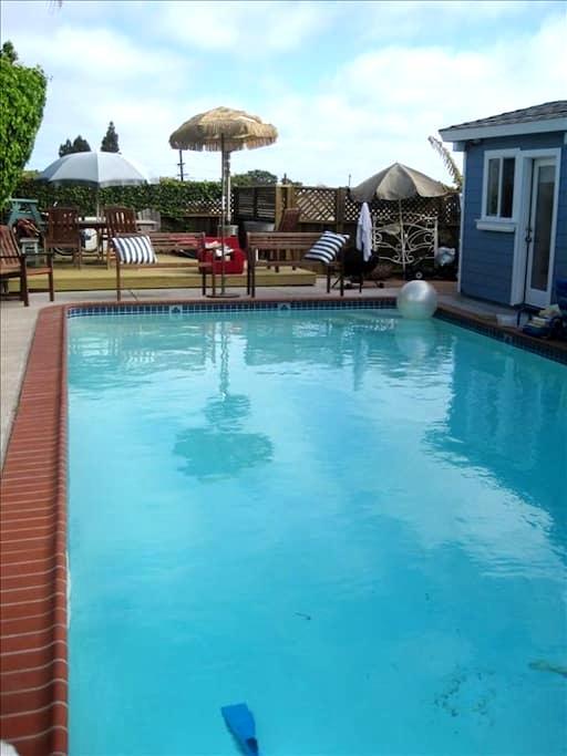 Private Room/Bath in Beach House - 샌디에고 - 단독주택