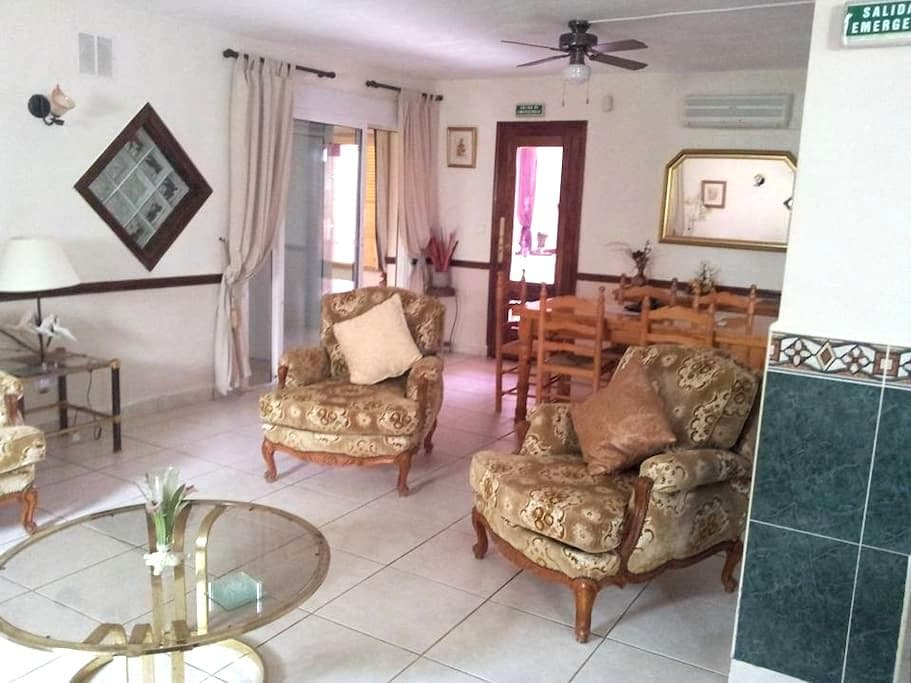Beautiful apartment with home comforts. - Fortuna - Apartmen