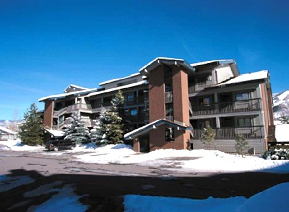 Steamboat Springs 1BR Free WiFi #3 - スティームボートスプリングス - 別荘