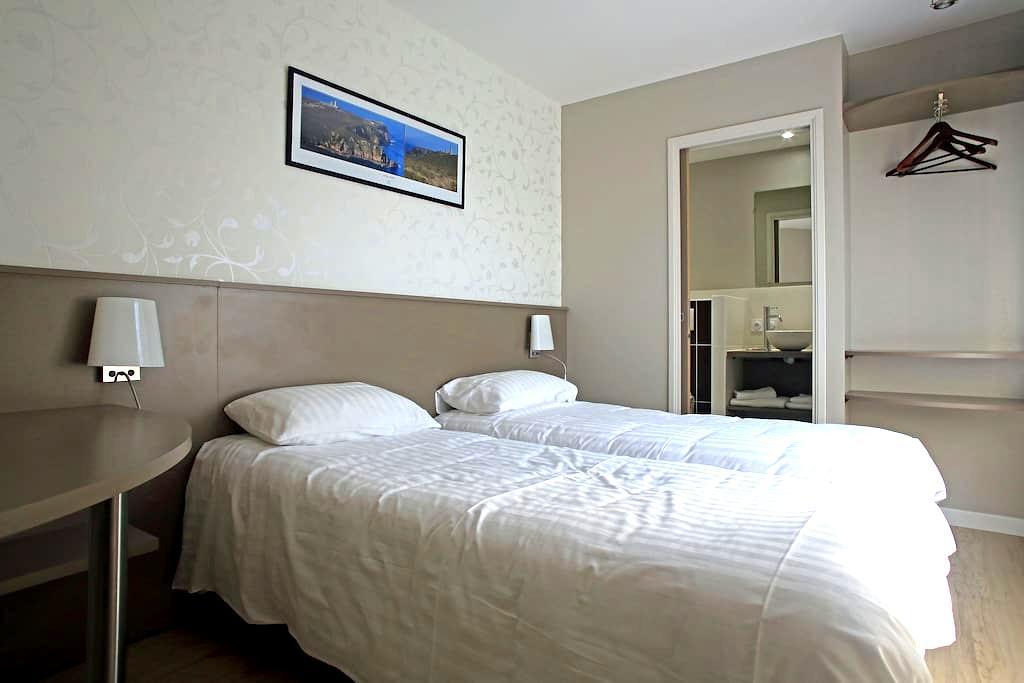 """La chambre """"Cap Fréhel"""" - La Bouillie"""