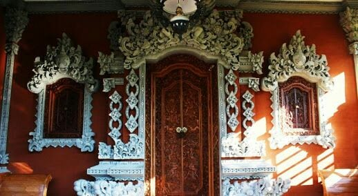 A Traditional Balinese House & Tour