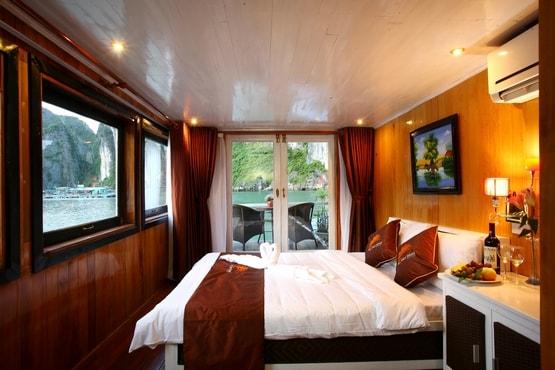 Monkey Island Cruise  & Bungalow