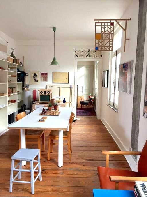 Large, charming, historical, unique flat in centre - Brussel - Appartement