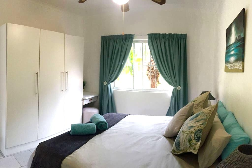 St Lucia Low Tide Self catering accommodation - Saint Lucia - Apartment
