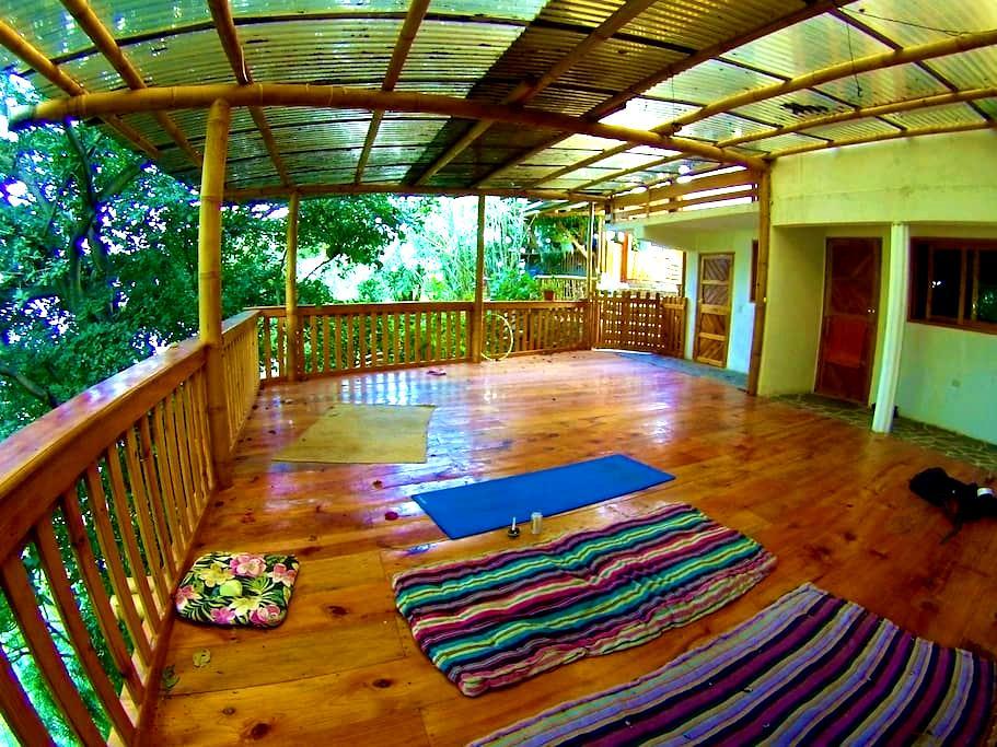 Casa Jaguar,San Marcos La Laguna, double room. - San Marcos La Laguna - 단독주택