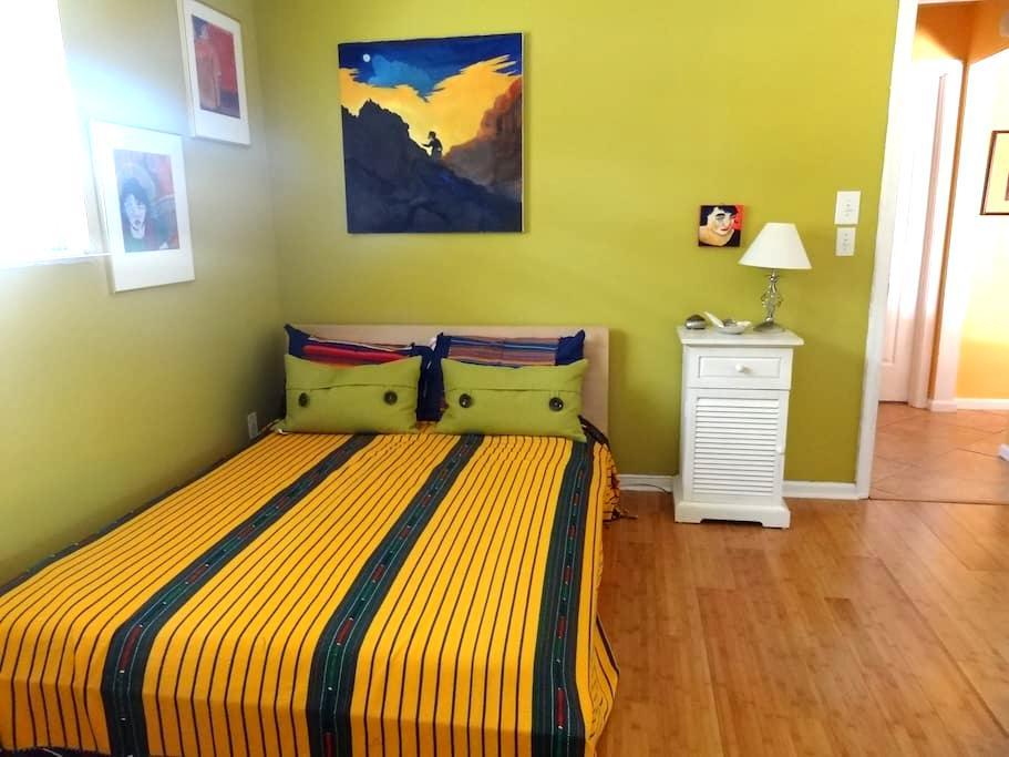 Tropical Room in Palm Beach Gardens - Palm Beach Gardens - Hus