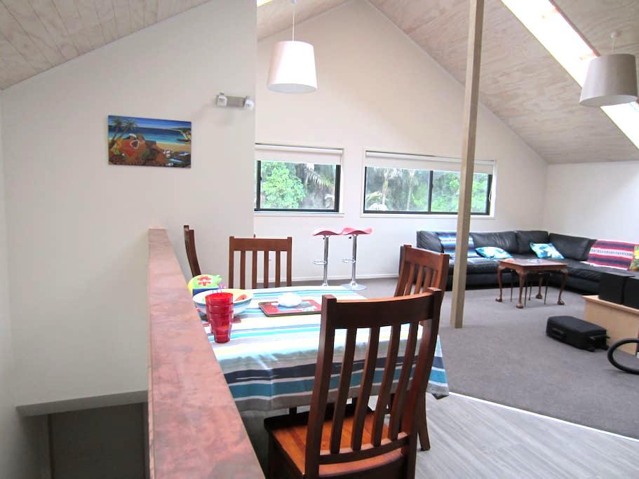 New Modern Muriwai Studio - Muriwai - Wohnung