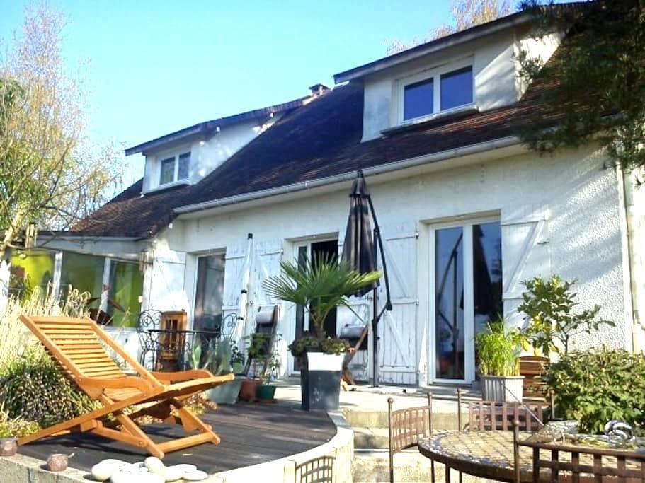 Bleau - Perthes - Casa