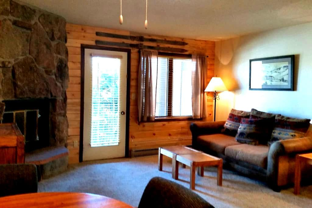 Cozy Granby Ranch Studio near Winter Park and RMNP - Granby - Appartement en résidence
