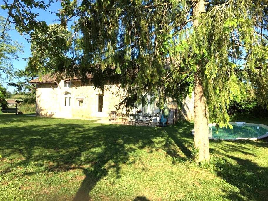 Maison de charme proche de St Emilion - Ruch - Haus