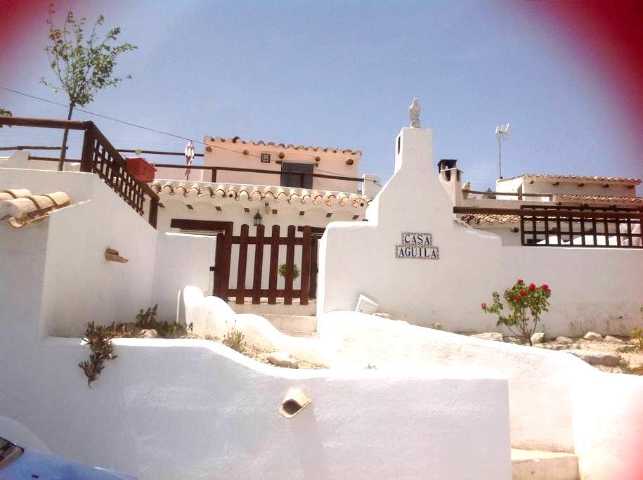 Casa Cueva Aguila, La Alqueria - Galera