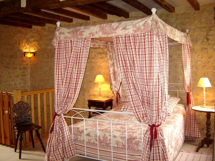 Romantic cottage in Normandy Omaha Beach Bayeux - Aignerville - Casa