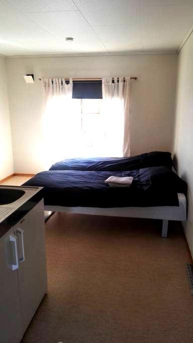 Hybel i Porsgrunn sentrum - Porsgrunn - Apartemen