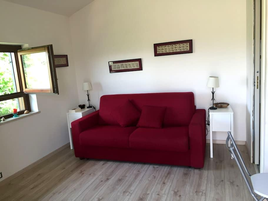 Casetta indipendente con piscina - Farfa - Διαμέρισμα