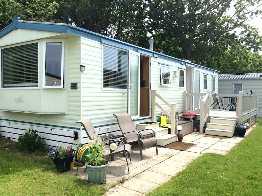 New Forest area 3 BED MOBILE HOME 2 - great value! - Milford on Sea - Lain-lain